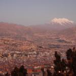 ラパスとイリマニ山(ペルー)